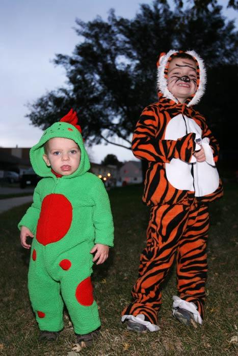 halloween_boys