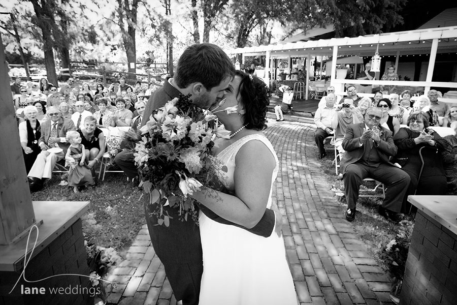 Country Pines, Lincoln NE wedding by Lane Weddings