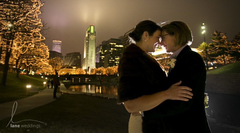Winter wedding in downtown Omaha