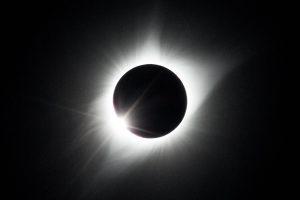 eclipse_tight